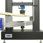eXpert 2611 with FF-50T for Three-Point Wood Flexural Test