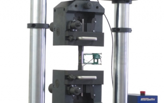 Tensile testing grips for metal samples