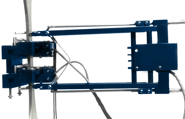ADMET's EX-3542 axial extensometer