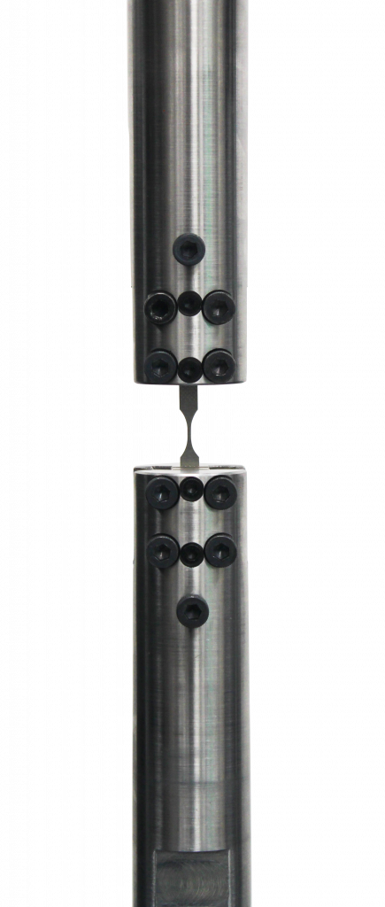 fatigue alignment grips for small specimens